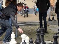 XXL_Schaken_op_Broerenkerkplein_Zwolle_door_Pegasus_13166114_879262582196043_2893888078547180551_n
