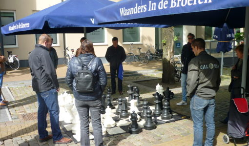 XXL-Schaken op Broerenkerkplein Zwolle